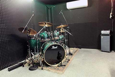 מערכת תופים בחדר חזרות | Drums | לידר מחשבים